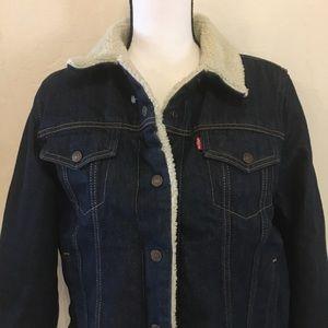 Levi's Jackets & Coats - LEVIS JEAN JACKET WITH A COZY LINING SIZE XL